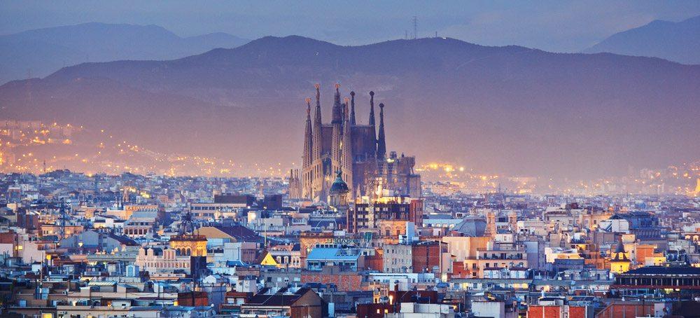Barcelona má své jedinečné kouzlo, moře a spoustu památek