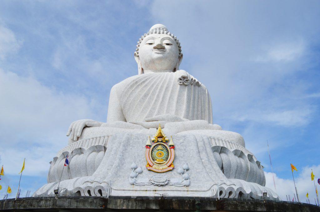 Ohromná socha Budhy