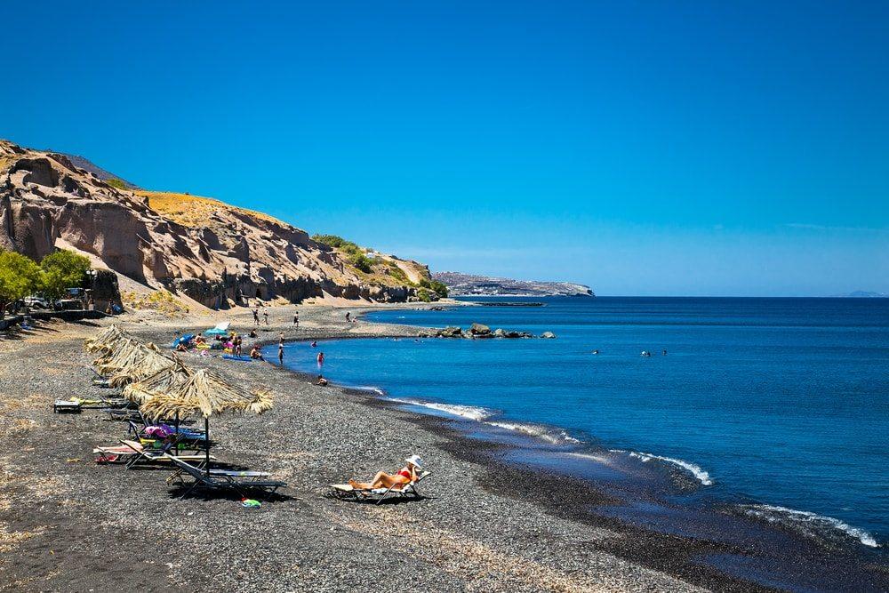 Černá pláž na Santorini