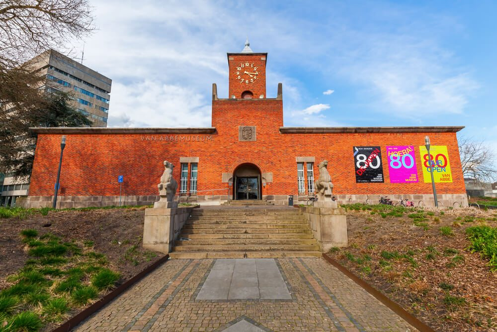 Van Abbemuseum v Eindhovenu.