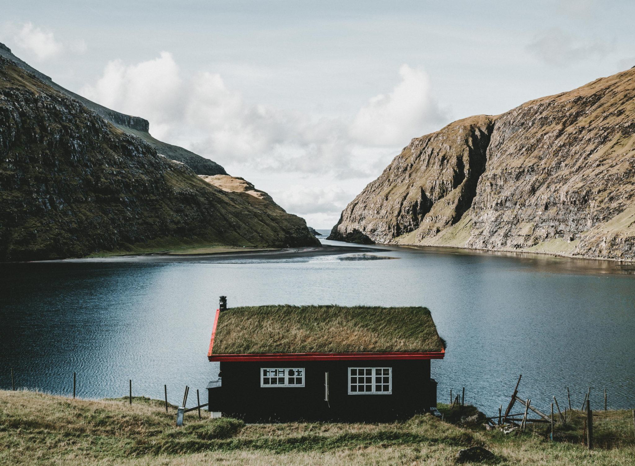 Chata na Faerských ostrovech