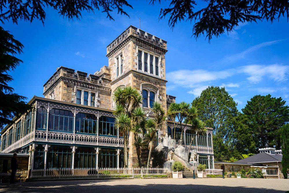 Budova Larnach na Novém Zélandu.