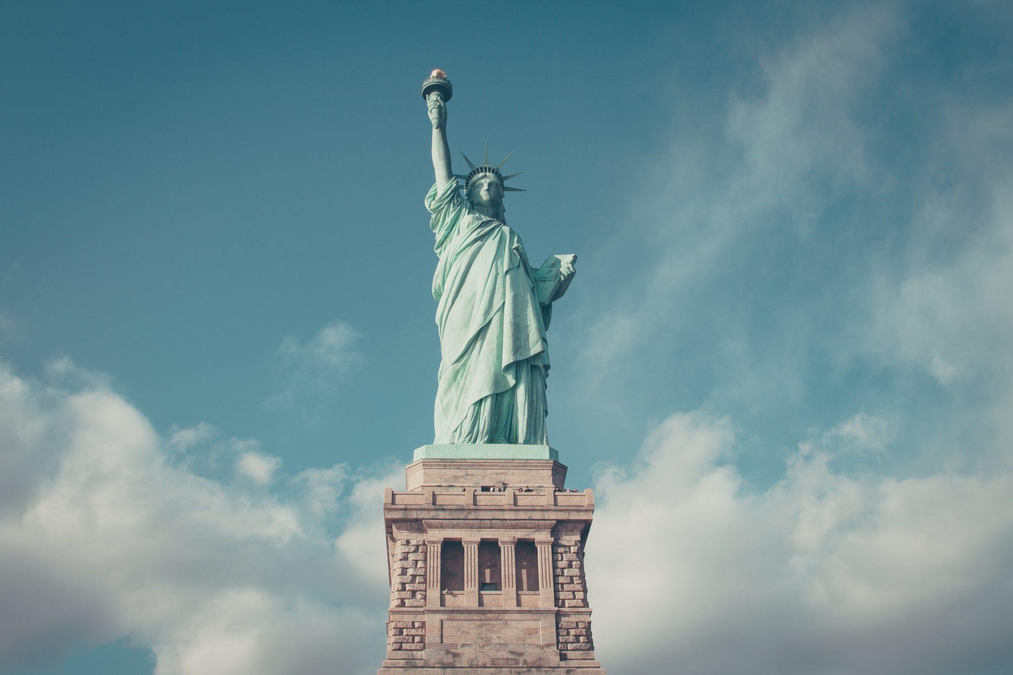 nejlepší připojení do New Yorku stačí připojit kontakt
