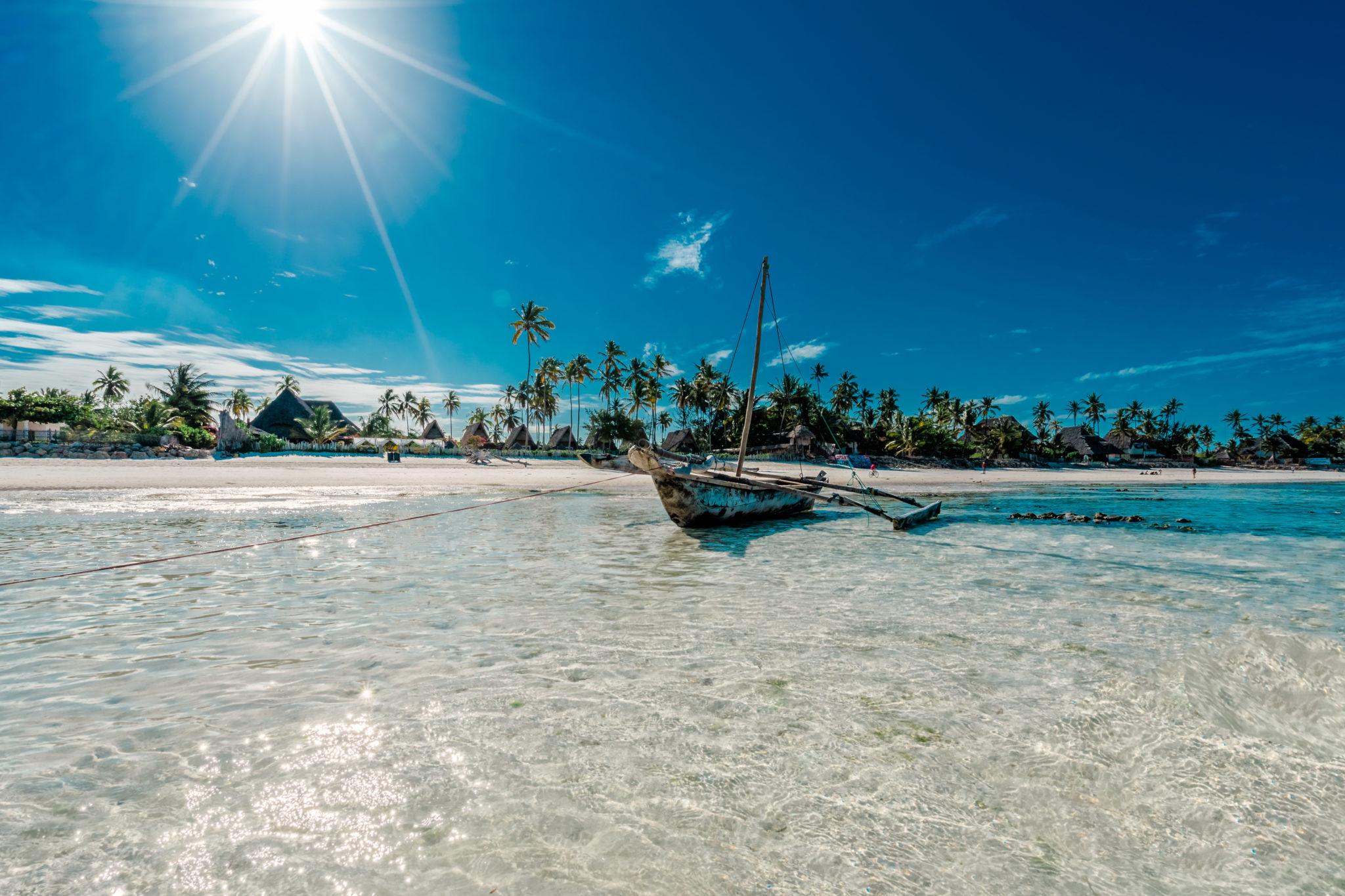 Pláž na Zanzibaru