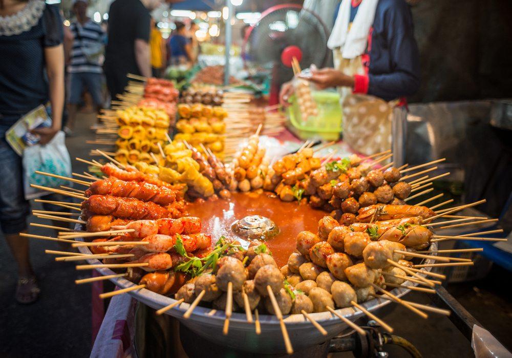Pouliční jídlo v Bangkoku