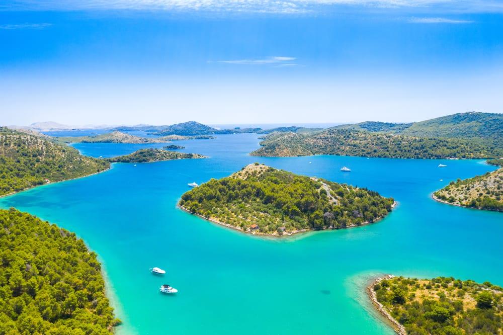 ostrovy v Národním parku Telascica v chorvatsku