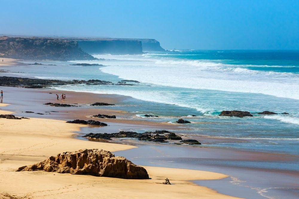 Pláž na Kanárských ostrovech