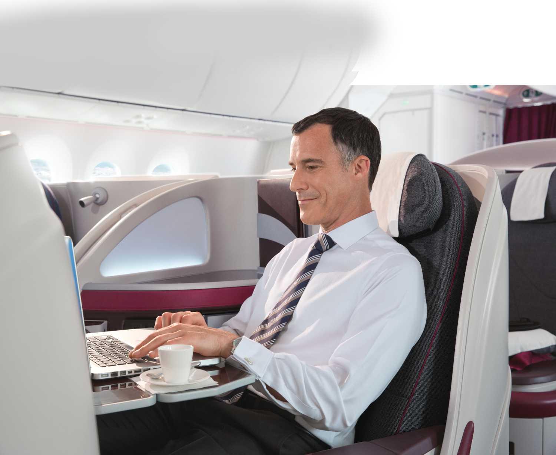 Pracovní prostředí v business class u Qatar Airways