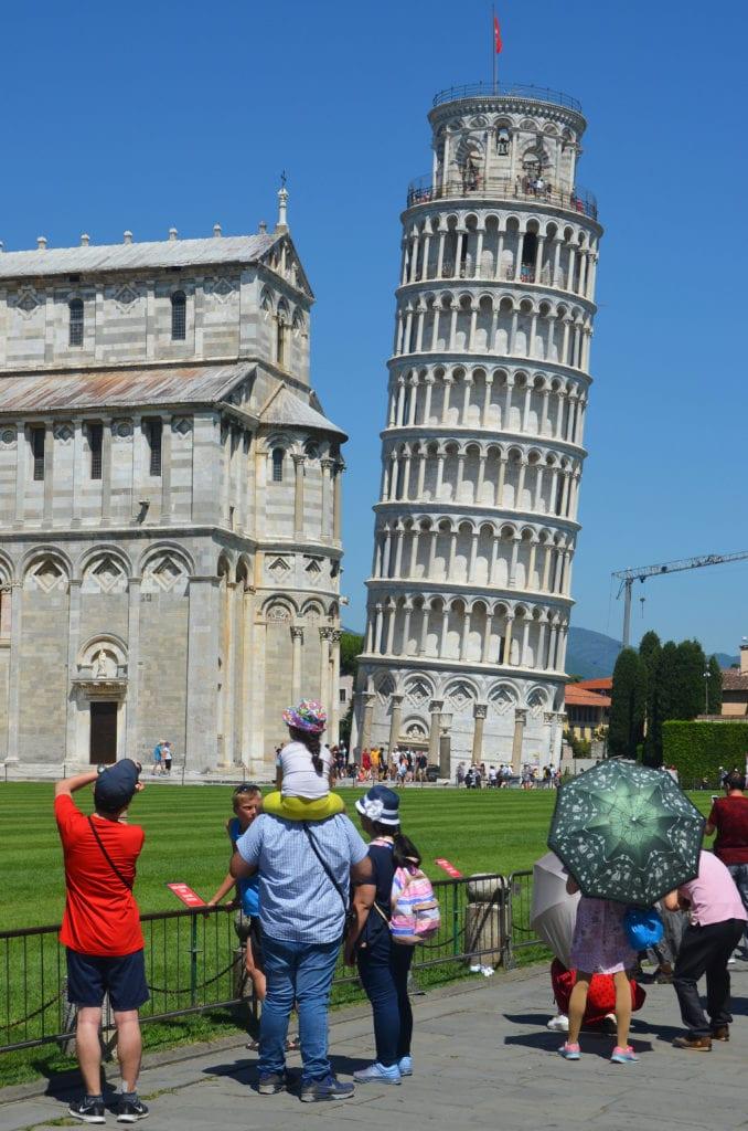 Šikmá věž v Pise: Tak spadne to nebo ne?
