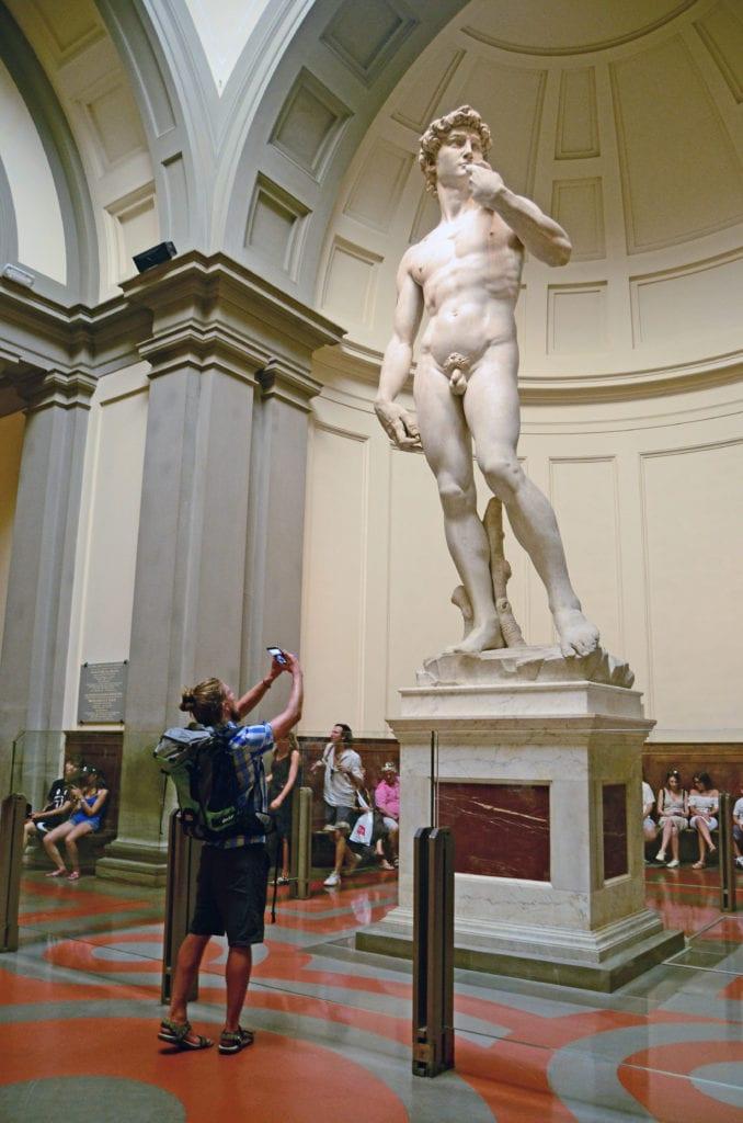 Michelangelův David ve Florencii