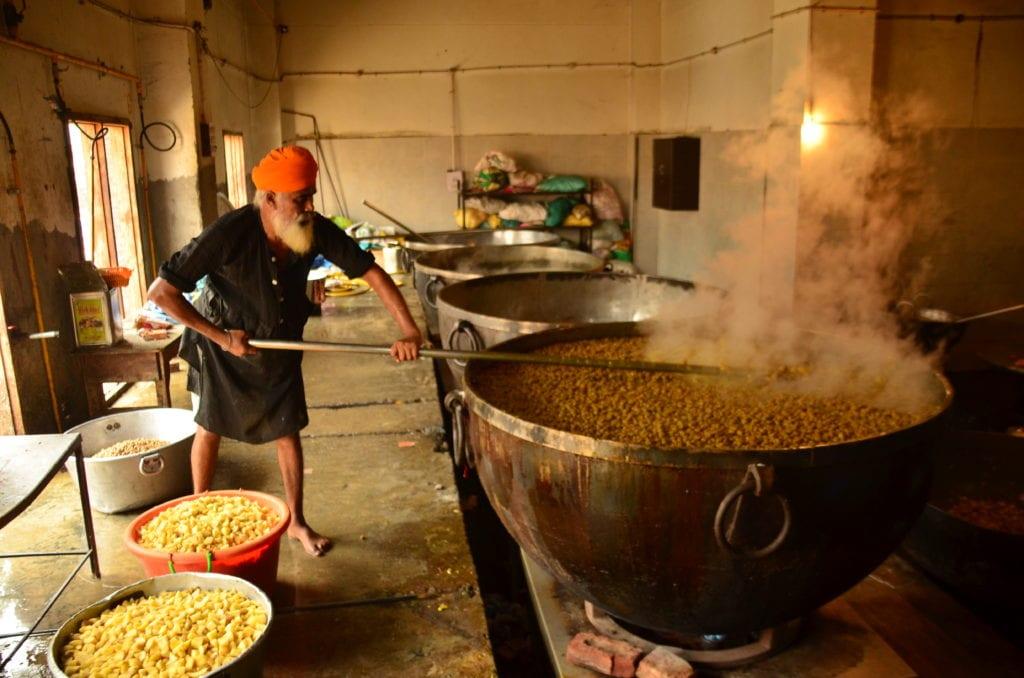 Denně se vaří pro více než 100 tisíc lidí