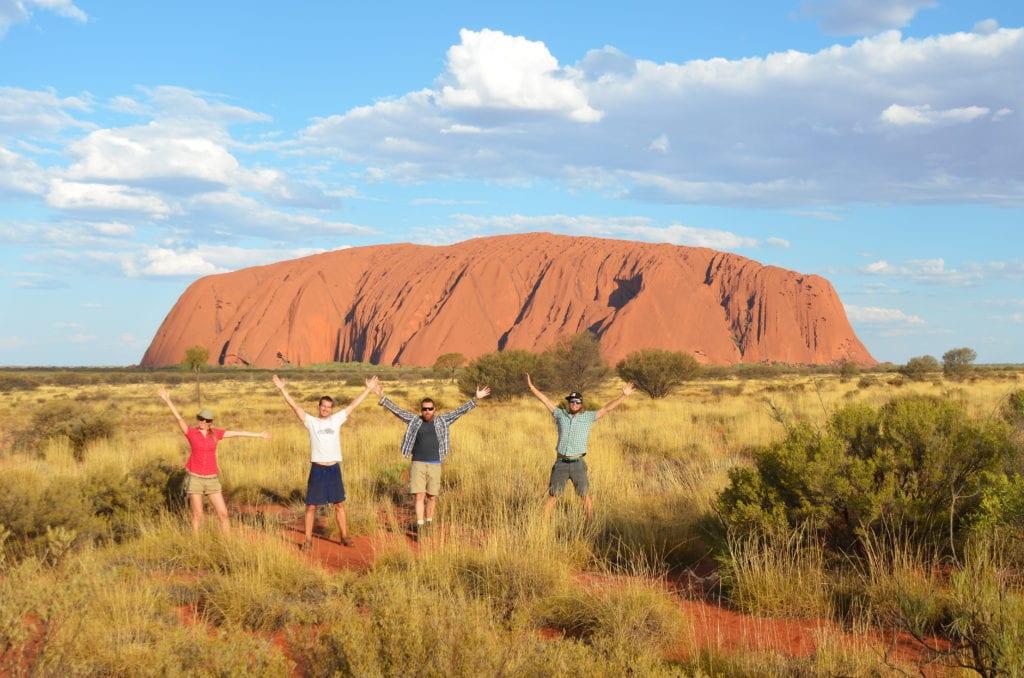 Západ slunce u slavné skály Uluru
