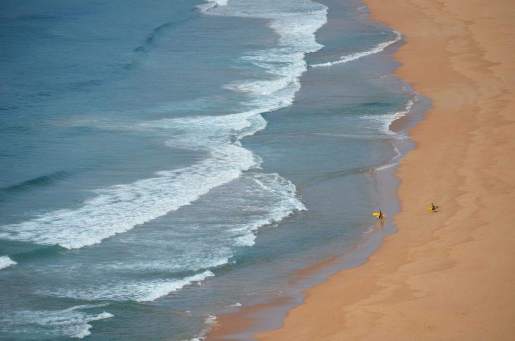 Ranní surfování v Austrálii