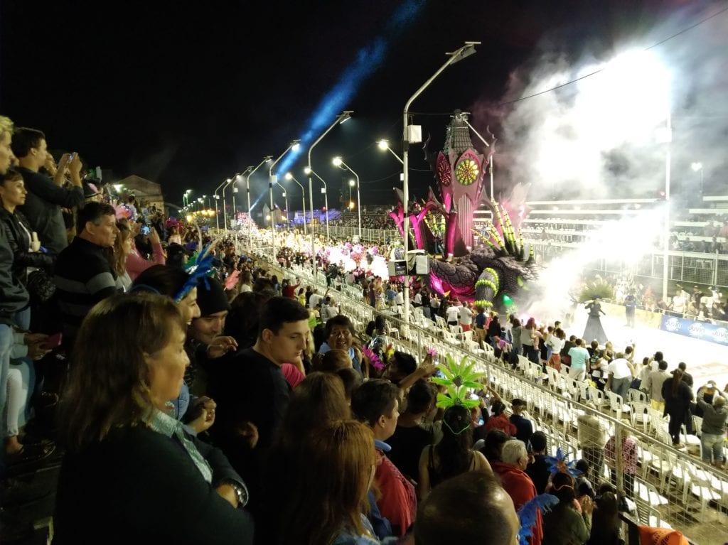 Každoroční velká karnevalová show