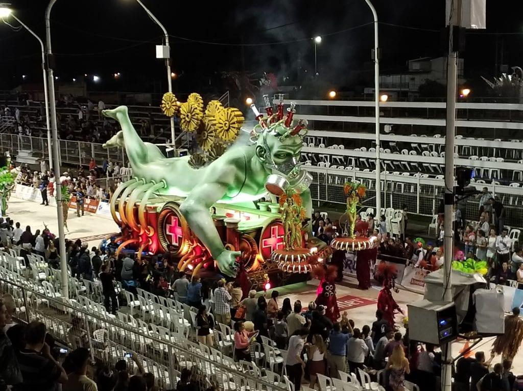karnevalové vozy v Argentině