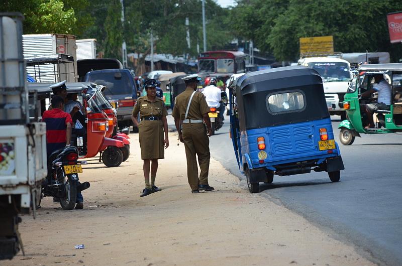 Doprava na Srí Lance může působit chaoticky