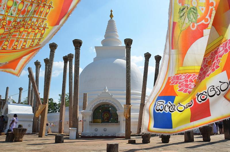 Pagody, chrámy a buddhismus na Srí Lance