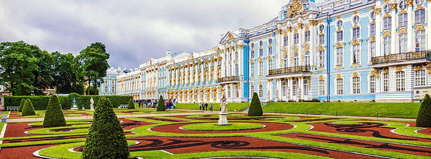 Palác v Petrohradu