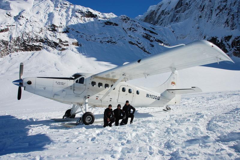 Přistání na ledovci pod Mc Kinley