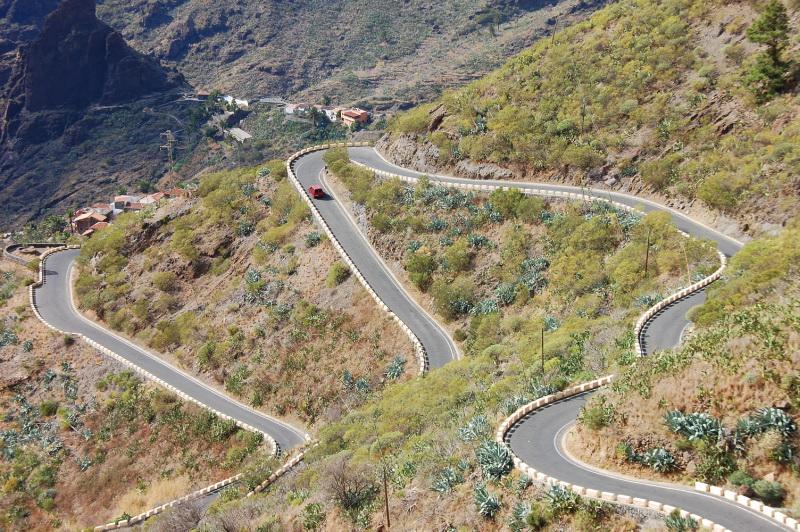Bláznivá silnice k vesnici Masca