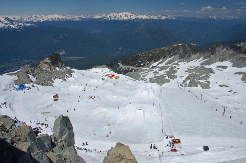 Letní lyžování na ledovci ve Whistleru