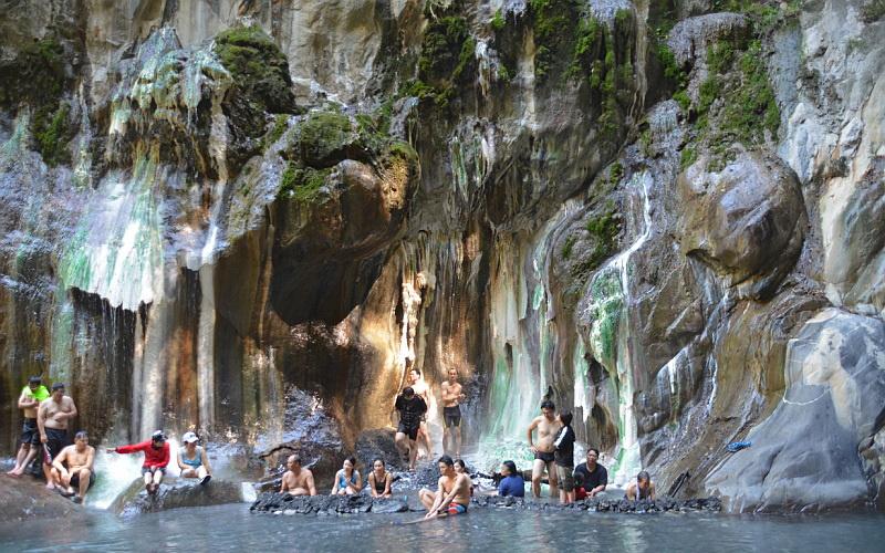 Přírodní termální prameny Sileng Hot Springs