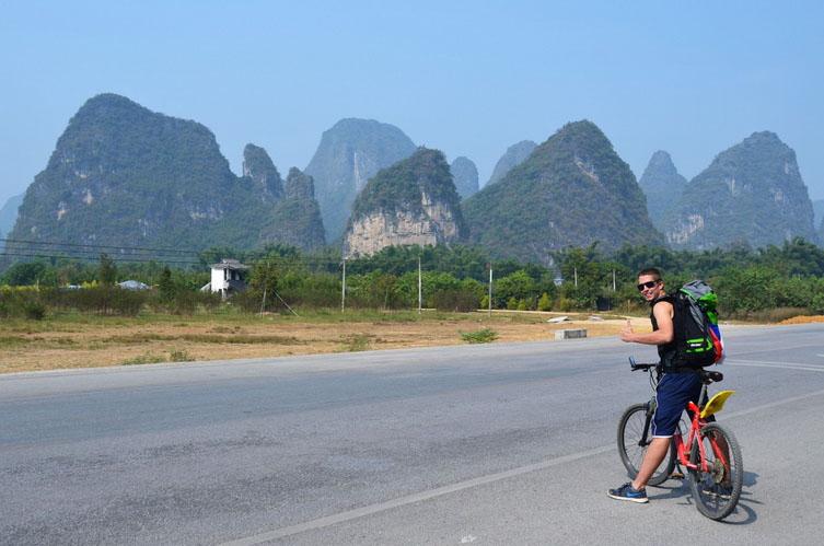 V Číně si jednoduše půjčíš kolo nebo skútr