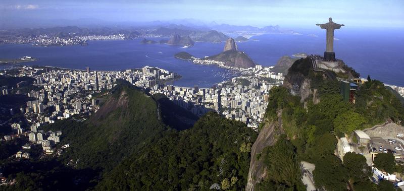 Ježíš dohlíží na Rio de Janeiro