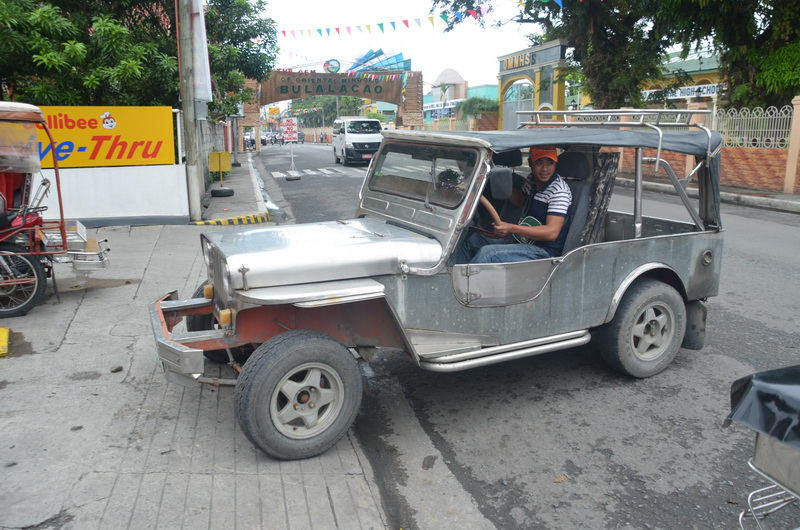 Filipíny jsou přehlídkou nejrůznějších historických vozidel