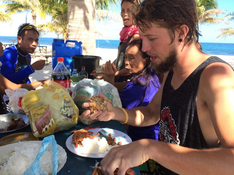 S filipínskou rodinou na pikniku