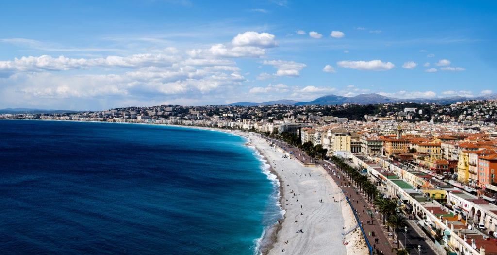 Pláž ve francouzském Nice.