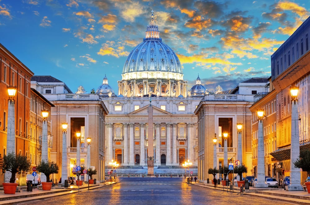 Bazilika sv. Petra v Římě, Vatikán