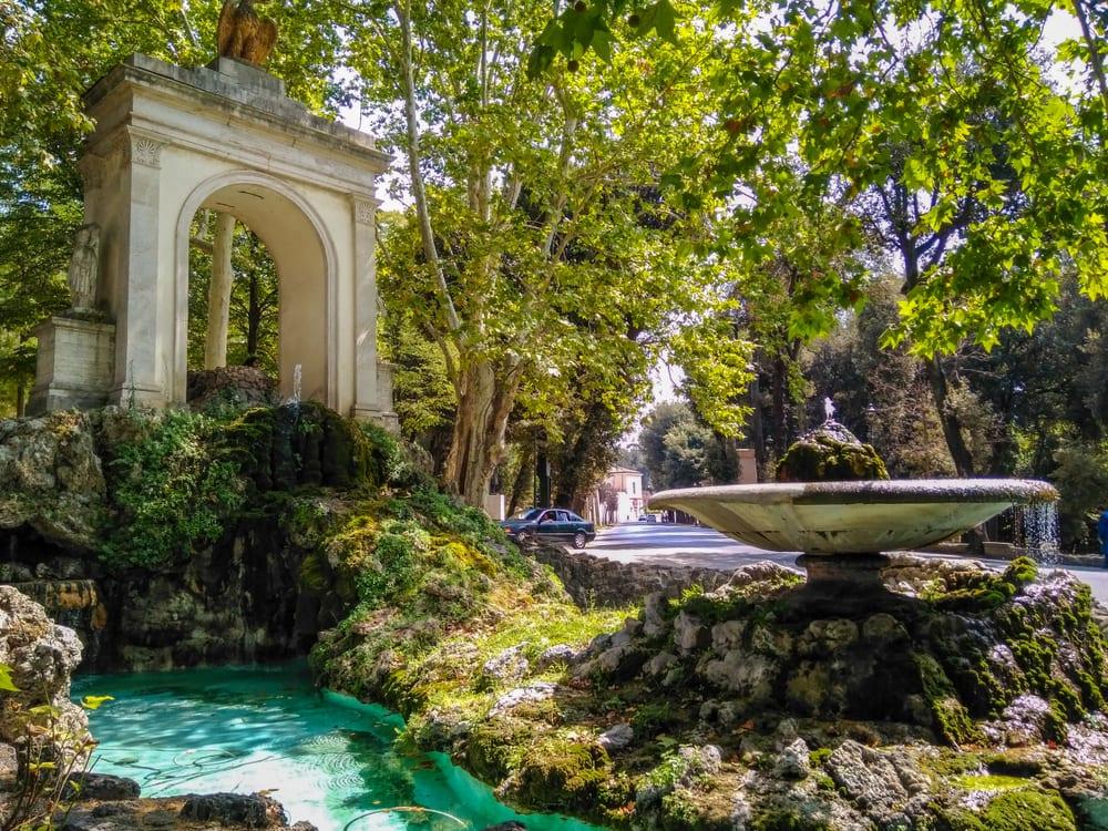 Řím, zahrady u Vily Borghese