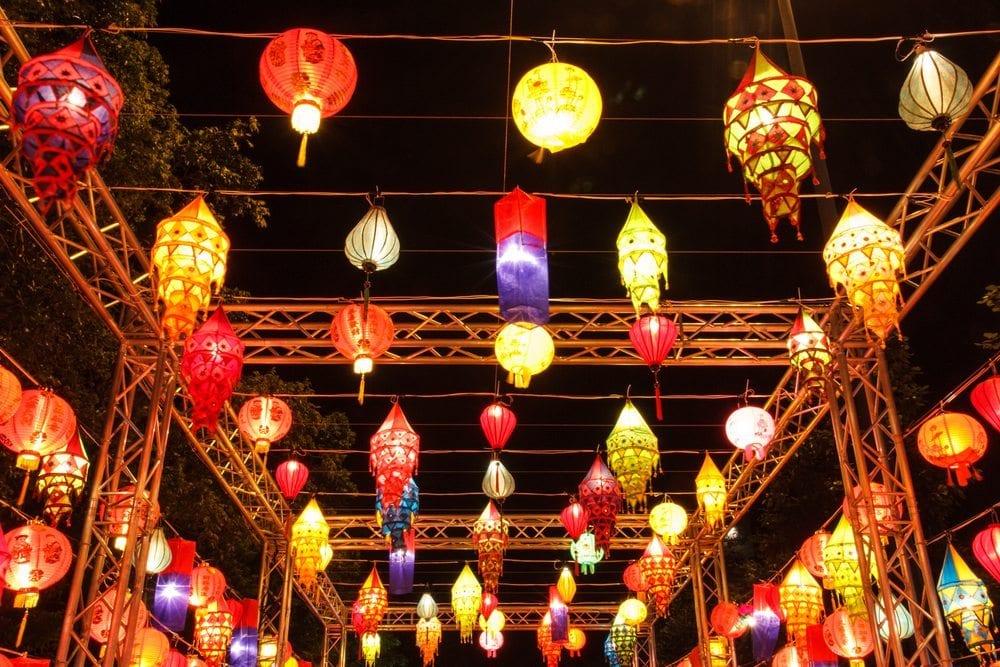 Noční osvětlení v Bangkoku
