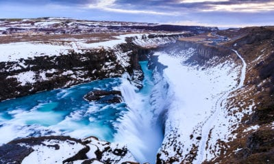 Vodopád Gullfoss v zimě.