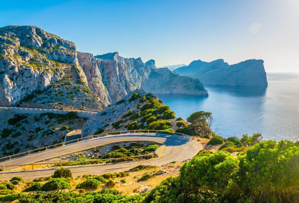 Mallorca - silnice podél pobřeží