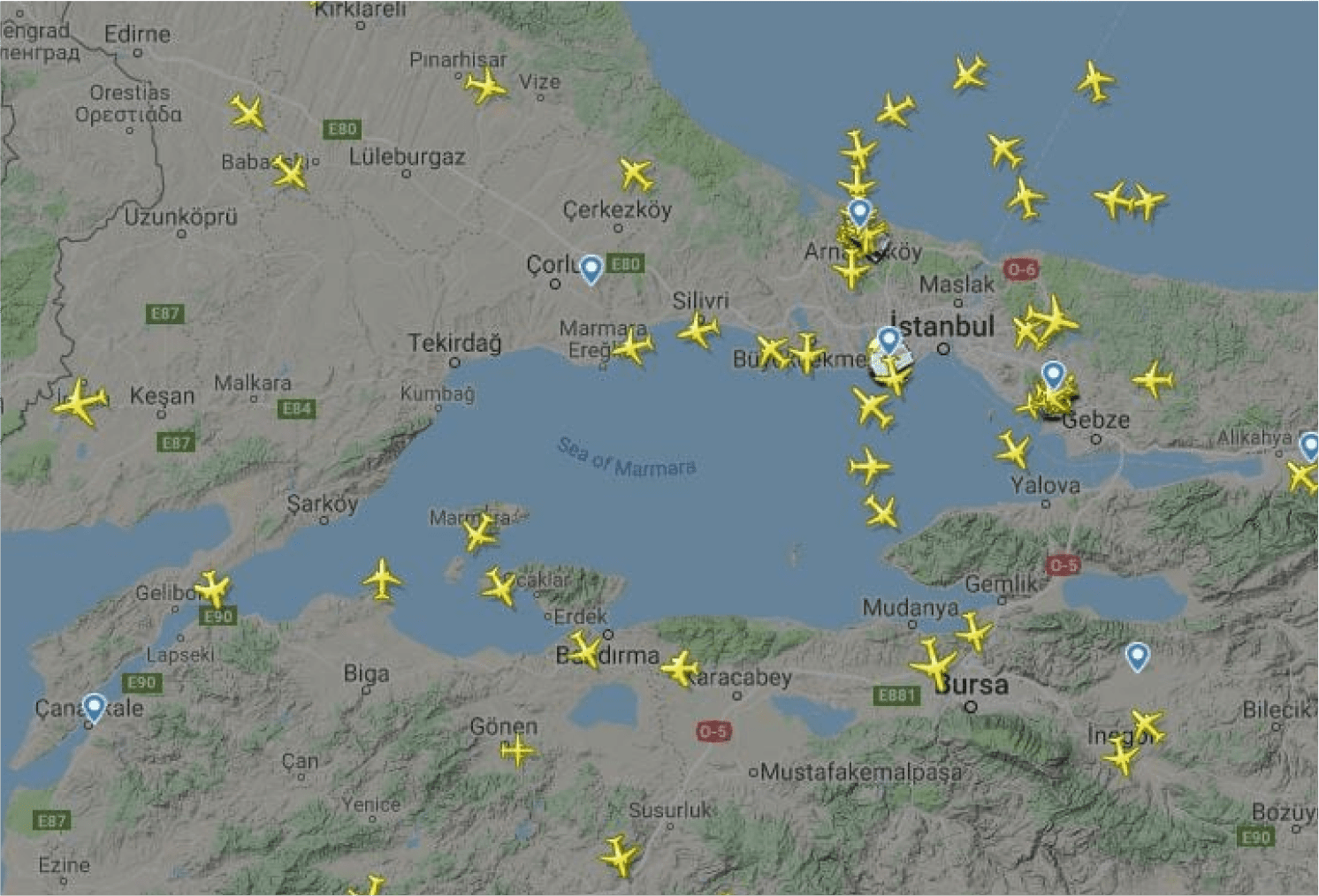 Sledování letů na online mapě na stránce Flightradar24