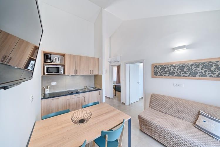Apartments Medena - kuchyň