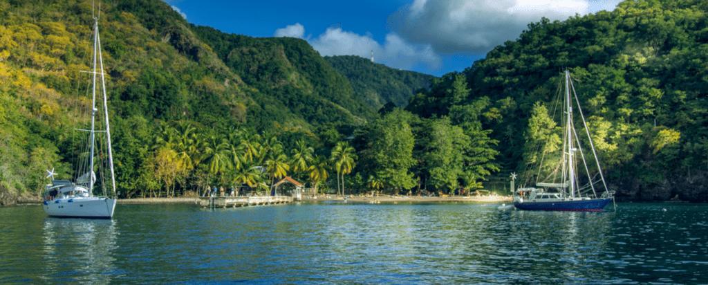 Černá zátoka na Martiniku v Karibiku