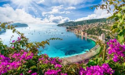 Výhled na francouzskou riviéru v Nice, Francie
