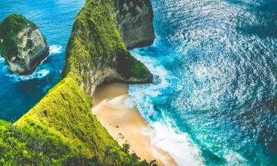 Indonéské útesy a moře