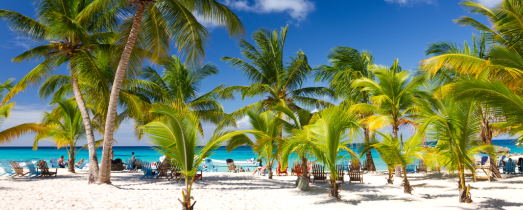 Pláž v Karibiku v Dominikánské republice