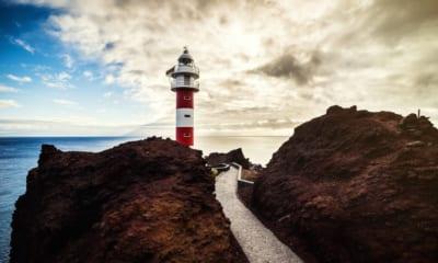 Maják Punta de Teno na ostrově Tenerife na Kanárských ostrovech