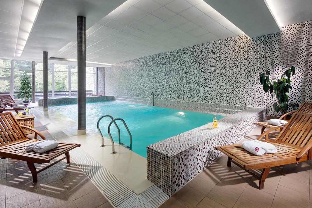 Bazén v 4* hotelu Clarion ve Špindlerově mlýně v Krkonoších
