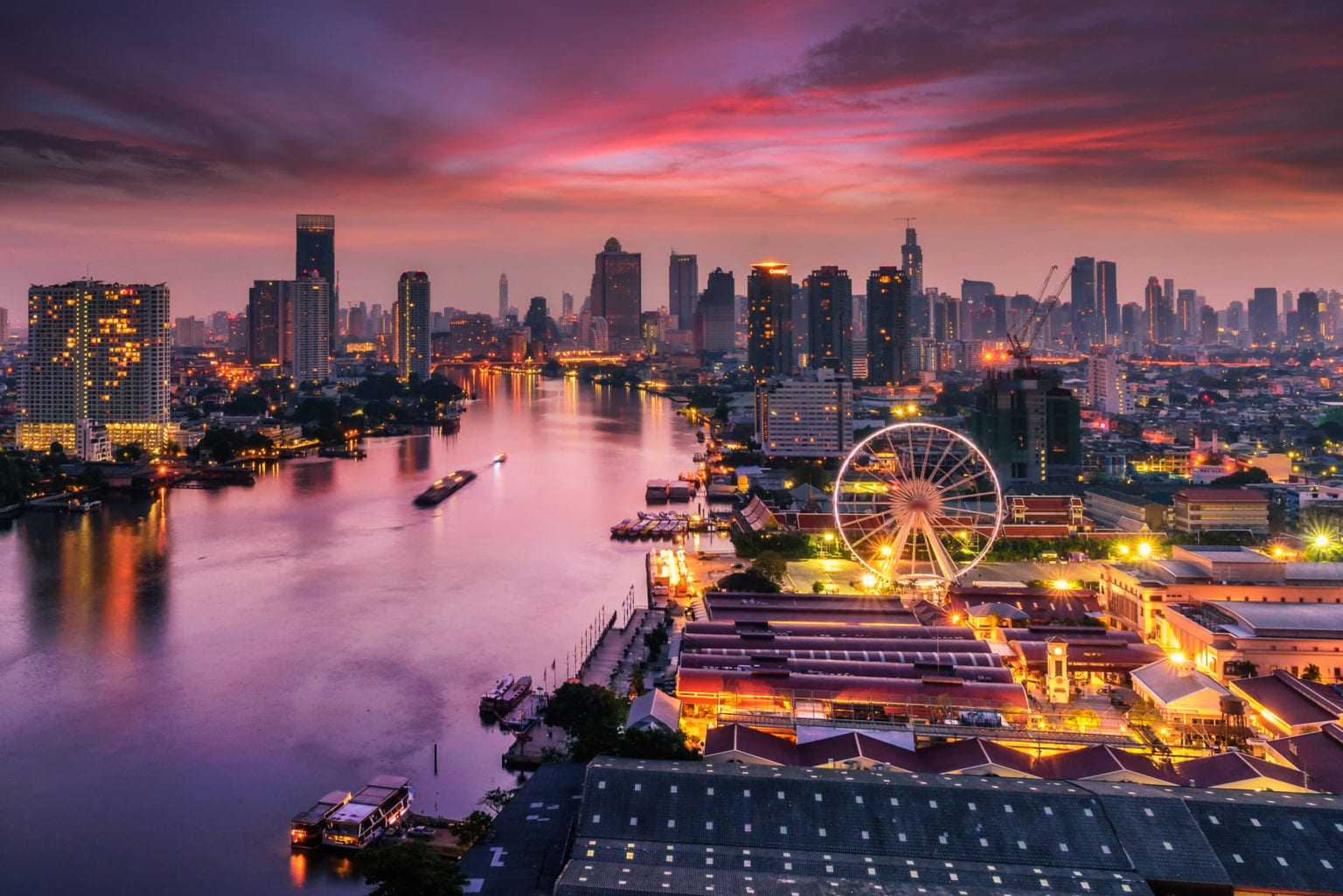 Západ slunce v Bangkoku v Thajsku