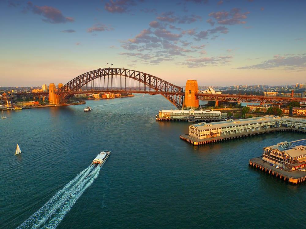 Město Sydney za západu slunce