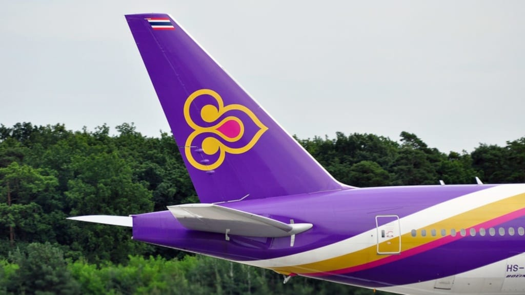 Logo Thai Airways na letadle