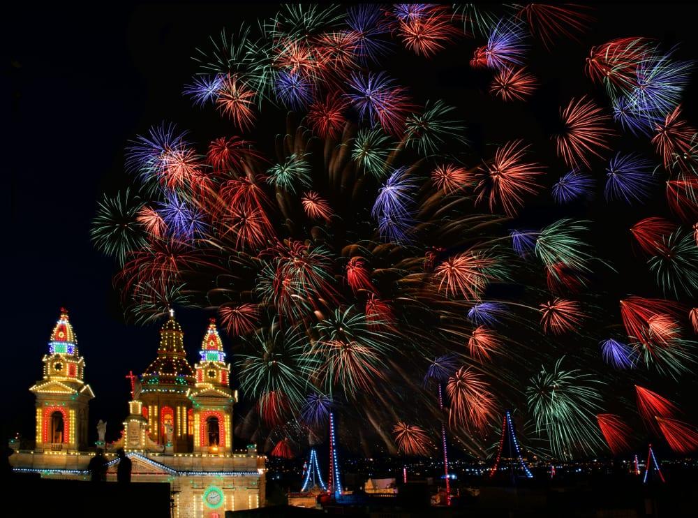 Silvestrovský ohňostroj na Maltě