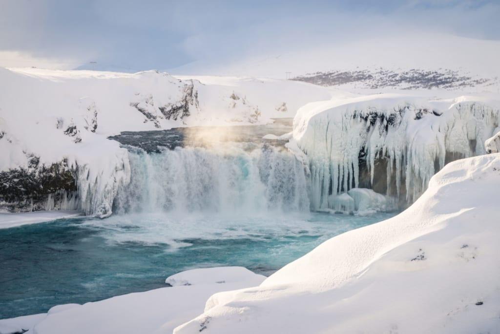 Island v zimě, vodopády
