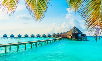 Slevnými letenkami si Maledivy užiješ o to snáz!